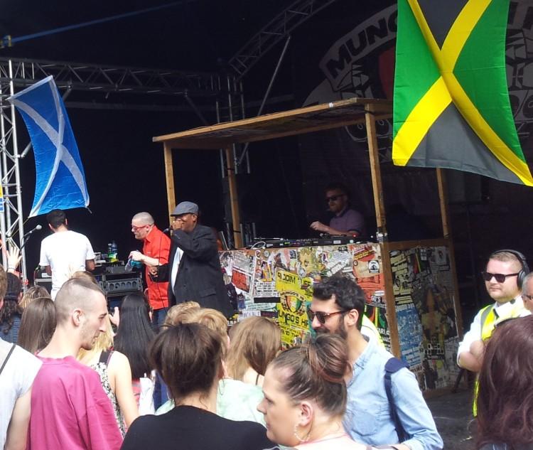 Alexandra Park Festival 2014 Mungo's Hi-Fi 02